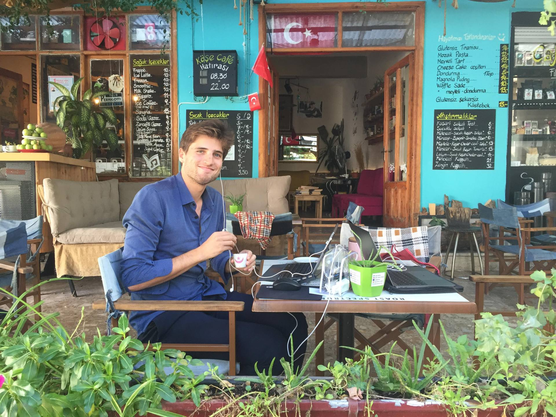 Do you want to build a start-up? Embrace digital nomad lifestyle first.
